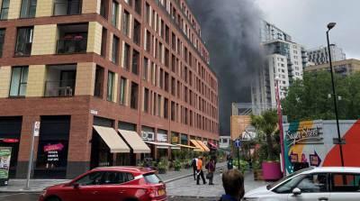 Пожар возле станции метро в Лондоне локализован