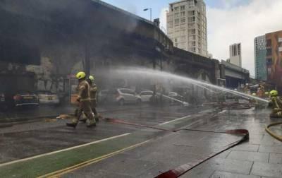 В Лондоне локализовали масштабный пожар, два человека пострадали