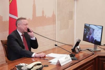 Губернатор Петербурга Беглов прошел ревакцинацию от коронавируса