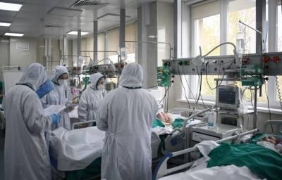 Ухудшение эпидобстановки по COVID-19 ожидается на Урале в ближайшее время