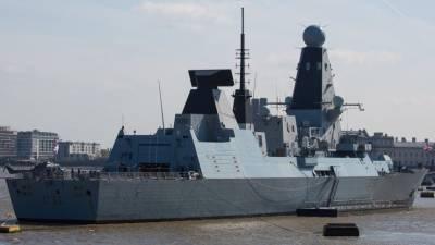 Песков назвал провокацией приближение британского корабля к берегам Крыма