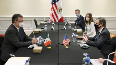 Блинкен обсудил проблемы миграции с министром иностранных дел Мексики
