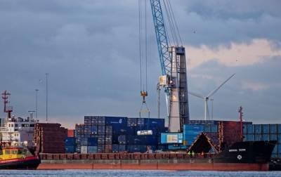 Губернатор Ленобласти назвал наиболее подходящее место для переноса петербургского порта