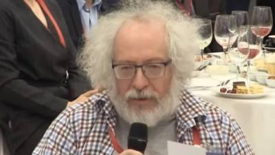 Венедиктов поспорил с Захаровой об иноагентах на ПМЭФ-2021