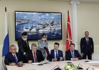 Беглов подписал на ПМЭФ соглашения о Пулково, ЗСД и здравоохранении