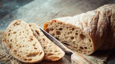 Диетолог опроверг полезность бездрожжевого хлеба для похудения
