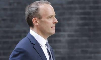 Номер телефона главы МИД Великобритании 11 лет был в открытом доступе