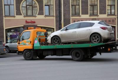В Невском районе Петербурга угнали эвакуатор