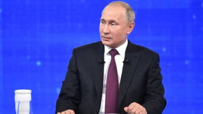Ведущие прямой линии с Путиным утомили президента замечаниями