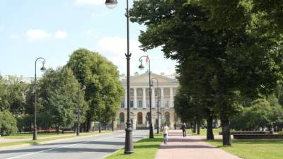 Власти Петербурга наладили прямое общение с жителями