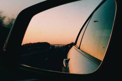 Скорость движения ограничат на трассе «Санкт-Петербург – Псков» 1 июля