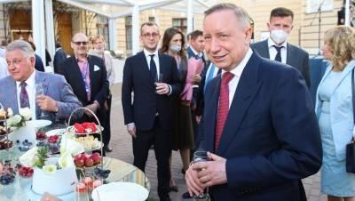 Петербург на ПМЭФ заключил контрактов более чем на 200 млрд рублей