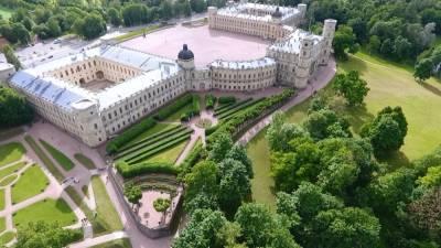 Скульпторы устранили ошибку на памятнике Александру III под Петербургом