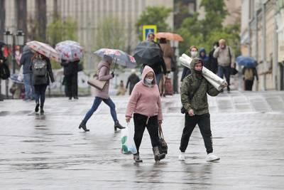 Москвичей предупредили о сильном ветре и дожде с грозой до конца дня 6 июня
