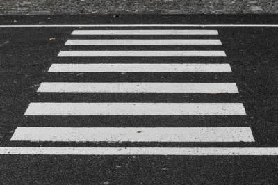 В Новосибирске водитель насмерть сбил ребёнка-велосипедиста на «зебре»