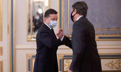 Зеленский обсуждал с госсекретарем США и сенаторами усиление безопасности на Черном и Азовском морях