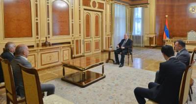 Президент Армении и ветераны СНБ обсудили внутриполитическую ситуацию в стране