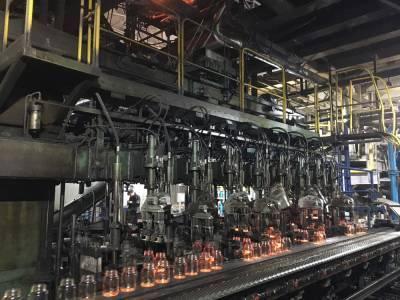 Полмиллиарда на бутылки: в поселке Самусь модернизировали производство стеклотары