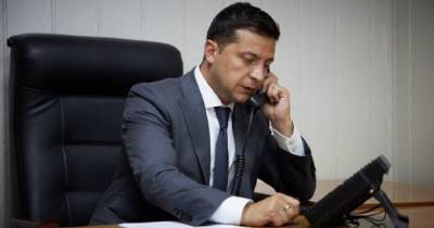 Зеленский сегодня поговорит по телефону с Байденом