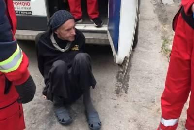 В Одессе трех калек вывезли из больницы умирать на кладбище