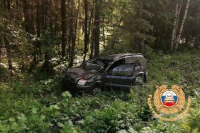 Непристёгнутый ребёнок пострадал в перевернувшемся на трассе Ford Fusion