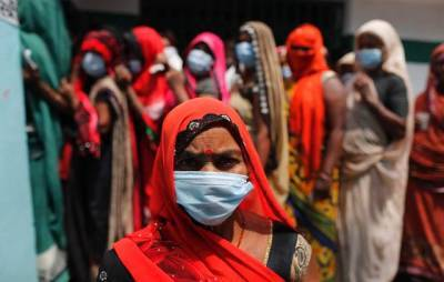 Bloomberg: индийский штамм COVID-19 вызывает нетипичные опасные осложнения