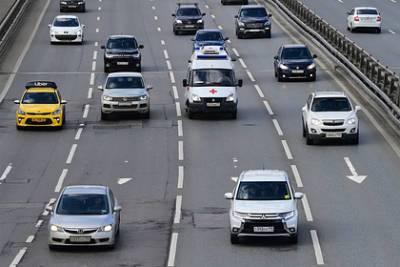 Автоэксперт оценил идею снизить скорость движения автомобилей в городах