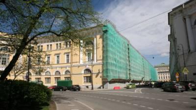 К концу этого года завершится реставрация фасадов зданий на улице Зодчего Росси