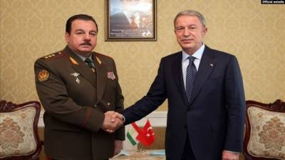 Министр обороны Турции после посещения Кыргызстана отправился в Таджикистан