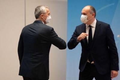 Министр обороны Грузии и генсек НАТО укрепляют сотрудничество