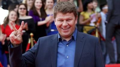 Комментатор Губерниев отреагировал на запрет медведей на купальниках синхронисток из РФ