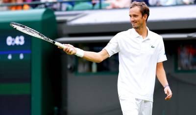 Даниил Медведев вышел в третий круг «Уимблдона»