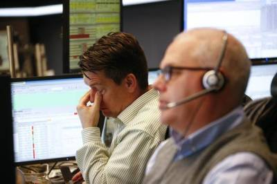 Капитализация российского рынка акций Московской биржи в секторе Основной рынок на 1 июля снизилась на 0,57% и составила 59499,800 млрд руб.