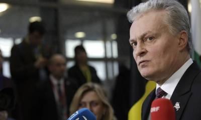 Президент Литвы попросил Польшу помочь с миграционным кризисом