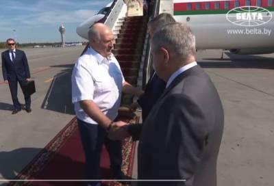 Александр Дрозденко вместе с российской делегацией встретил президента Республики Беларусь в Петербурге