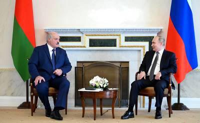 """""""Чего бы это ни стоило"""": Лукашенко пообещал Путину расплатиться по кредитам"""