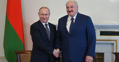 Песков сообщил о завершении переговоров Путина и Лукашенко