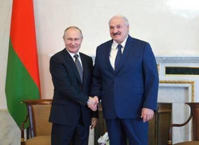 Путин и Лукашенко договорились, что цена на газ для Белоруссии в 2022 году сохранится на уровне 2021 года - агентства