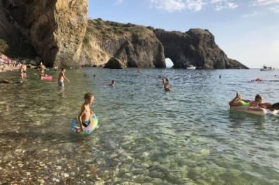 В России предлагают ввести обязательные спасжилеты при купании детей