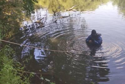 В Пензенской области водолазы нашли труп мужчины в водоеме