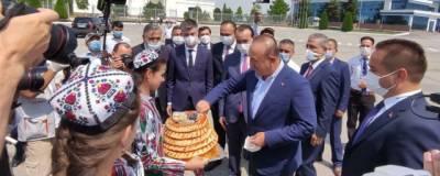 Узбекистан принял главу МИД Турции Мевлюта Чавушоглу
