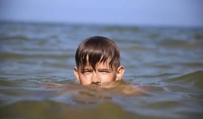 В России предлагают ужесточить требования к пребыванию детей на пляжах