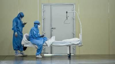 «Летальность осталась, заразность возросла»: чего ждать от третьей волны пандемии COVID-19