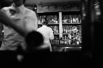 Рязанские полицейские изъяли из заведений общепита 86 литров контрафактного алкоголя