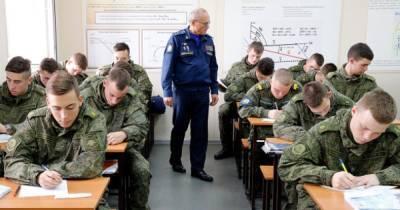 Указ Минобороны: российских военных заставили учить статью Путина об Украине, - СМИ