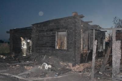 В Курганской области два человека погибли при пожаре