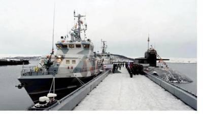 Дневные репетиции парада ВМФ ограничат движение транспортных средств в центре