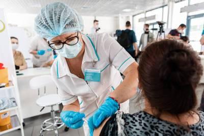 """Собянин заявил об эффективности вакцины против штамма """"дельта"""""""