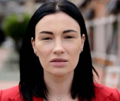 Приходько ужаснула безвкусными образами, показав, как на ней экономили в России: «Не хватило денег на…»