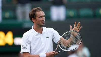 Теннисист Медведев присоединился к сборной России на ОИ в Токио